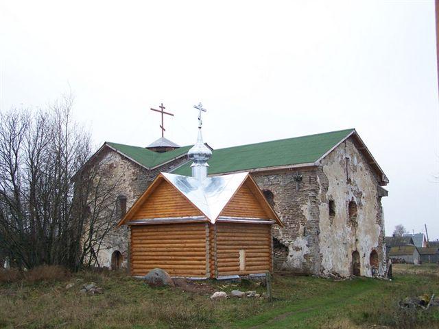 Николо-Стороженский монастырь и деревянная часовня на месте погребения Св.Киприна Стороженского